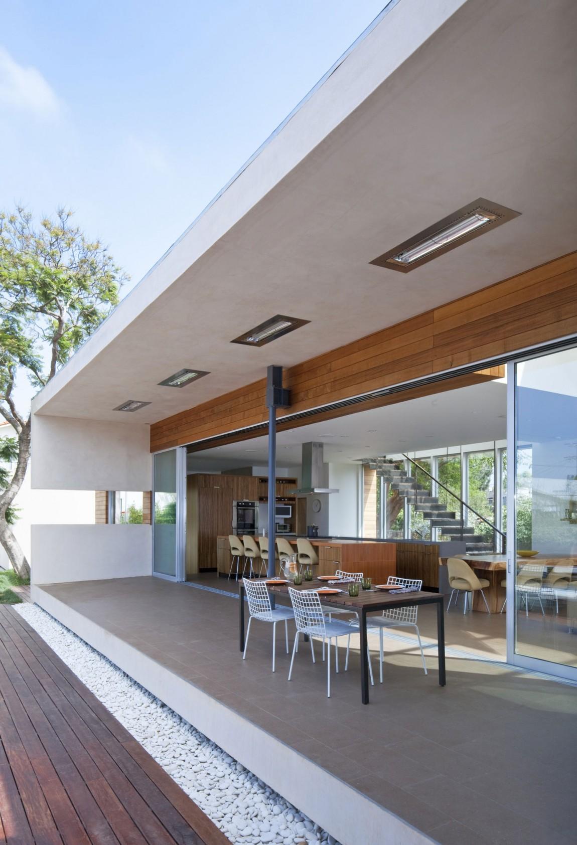 Проект дома в современном стиле: изысканный особняк в Калифорнии