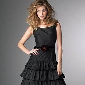 Вечерние платья и женские костюмы (133)