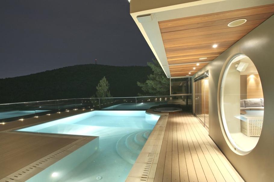 Частный особняк Oikia Panorama Voulas в Афинах   luxury villa athens greece 02