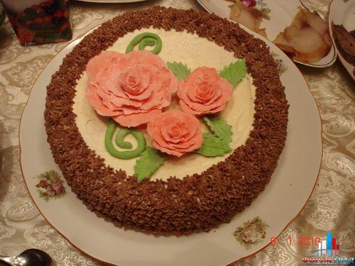 Украшение бисквитных тортов масляным кремом фото