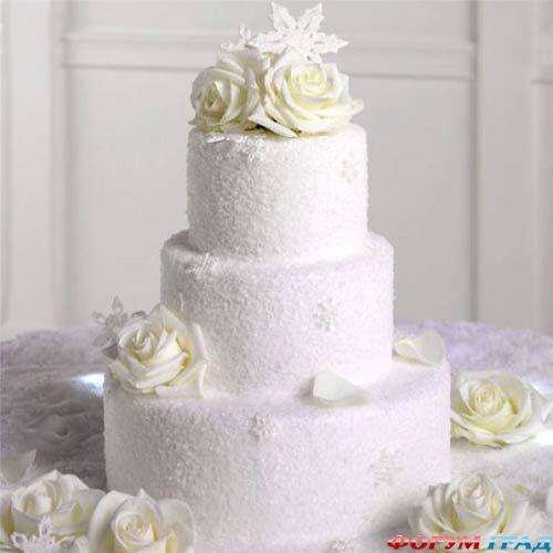 Изобр по > Свадебный Торт с Белыми Розами