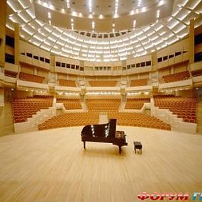 Московский дом музыки является многофункциональным центром культуры, одним из самых крупных в России и в мире.