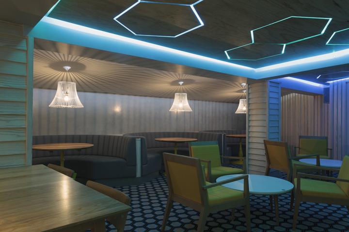 Бар Cribbar surf от Absolute - кафе для сёрферов, Ньюквей, Великобритания