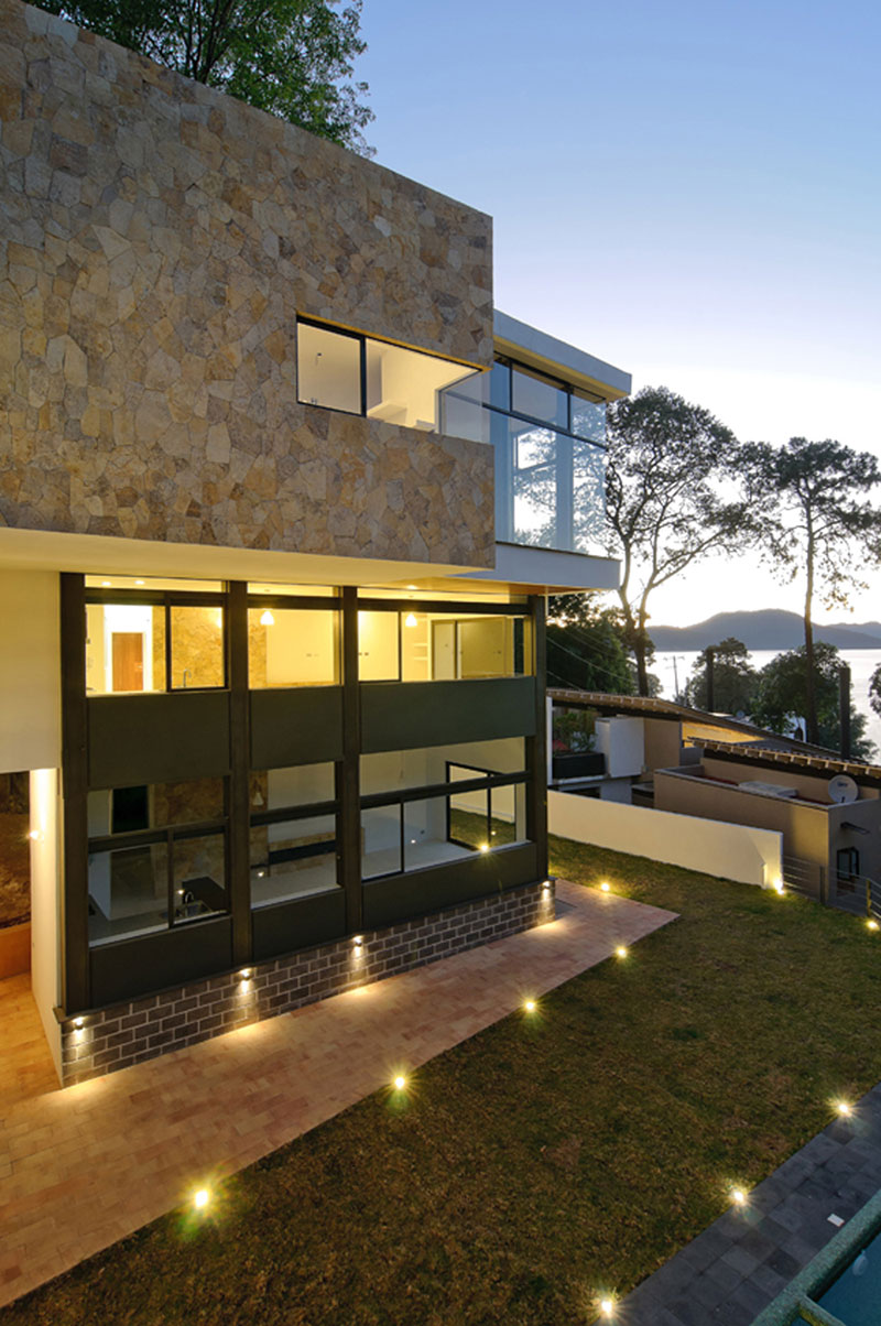 Архитектура в гармонии с природой: дом и бунгало от Alexandro Velázquez Moreno