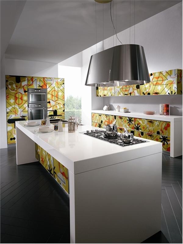 Стеклянная кухня от Scavolini