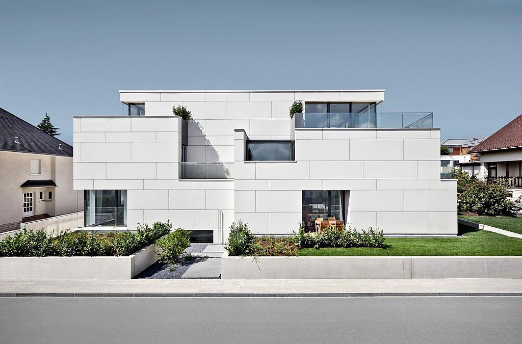 Оригинальный частный дом в современном стиле