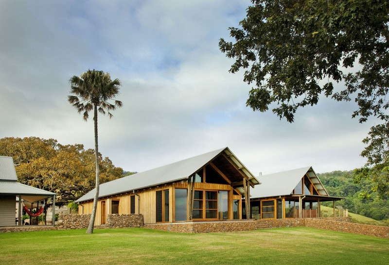 Деревенские дома: проекты уютных коттеджей в Австралии