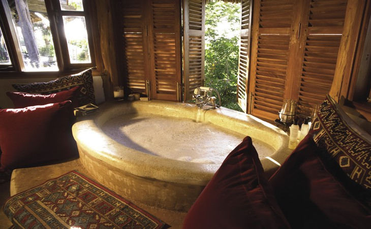 Ванная комната в отеле Loisaba