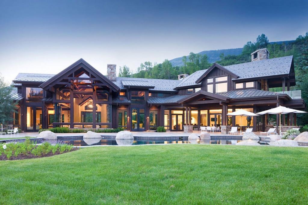 Американские дома: фото красивого коттеджа в Колорадо