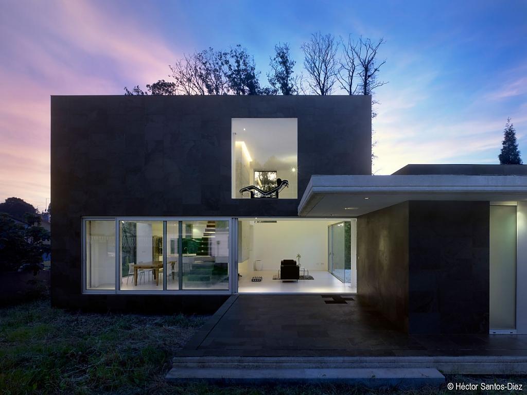 Великолепный проект дома с уникальной организацией пространства
