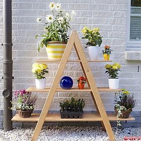 Этажерка для горшечных растений