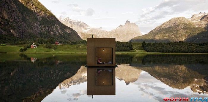 Отель Rolling в озере