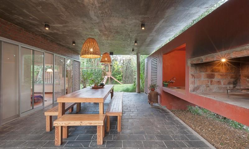 Архитектура в гармонии с природой: проект Casa Duendes в латиноамериканском стиле