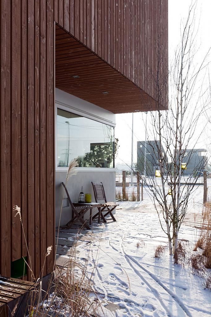 Проекты домов прямоугольной формы: стильный IJburg в Амстердаме
