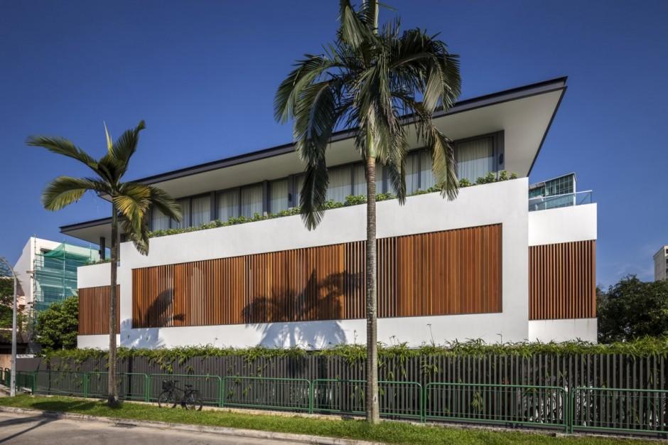 Дизайн интерьера особняков: красивый трёхэтажный дом в Сингапуре