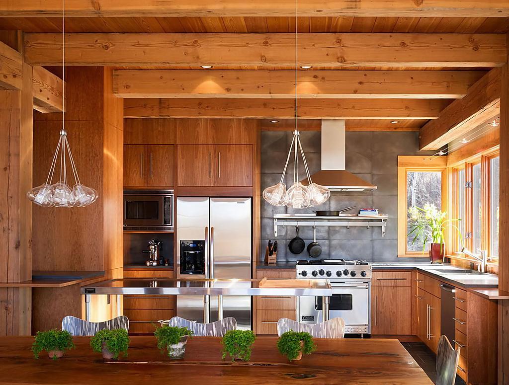 Отделка кухни в частном доме: подходящий дизайн и материалы 85