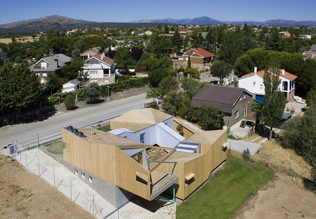 Модульные деревянные дома: фото необычного проекта в Мадриде
