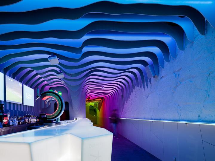 Необычный дизайн бара É Pra Poncha