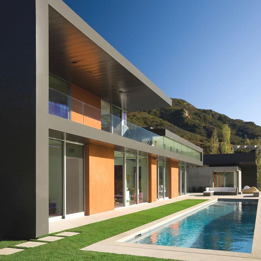 Dream Homes Los Angeles: Усадьба в Калифорнии с бассейном и просторной террасой