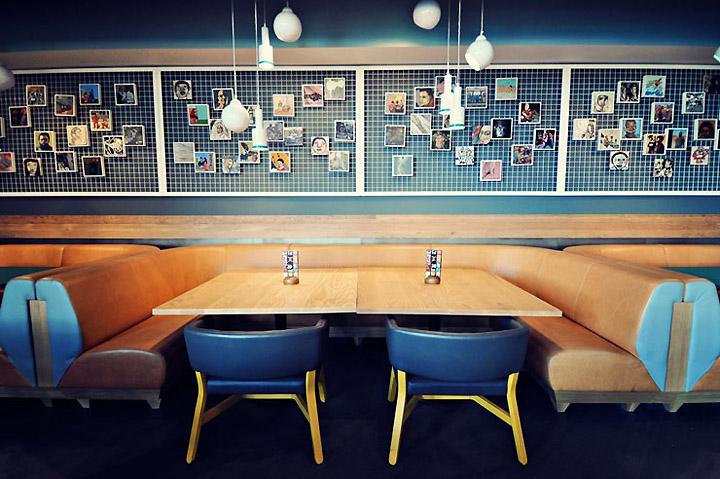 Дизайнерский интерьер ресторана Nando в Ашфорде, Великобритания