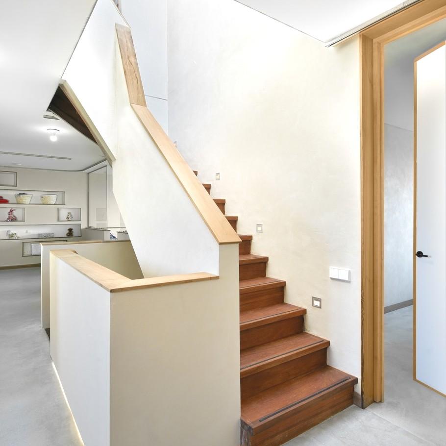 Красивые проекты каркасных домов: трёхэтажный голландский особняк с наружной винтовой лестницей