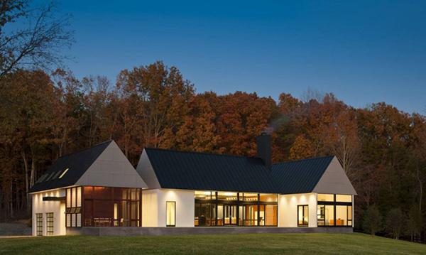 Красивые сельские дома: фото и проект коттеджа в штате Вирджиния