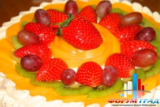 Украшение тортов фруктами вкусные