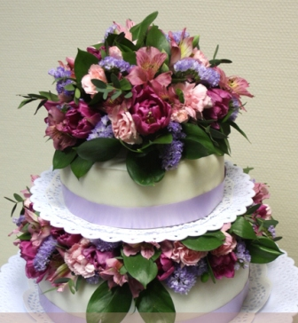 Живых цветов про свадебные торты все