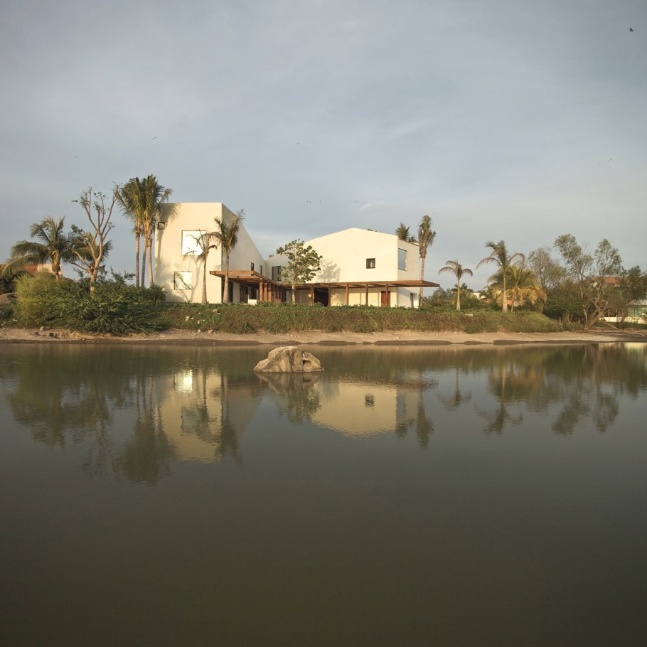 Шикарная вилла SC PTV House в Мексике