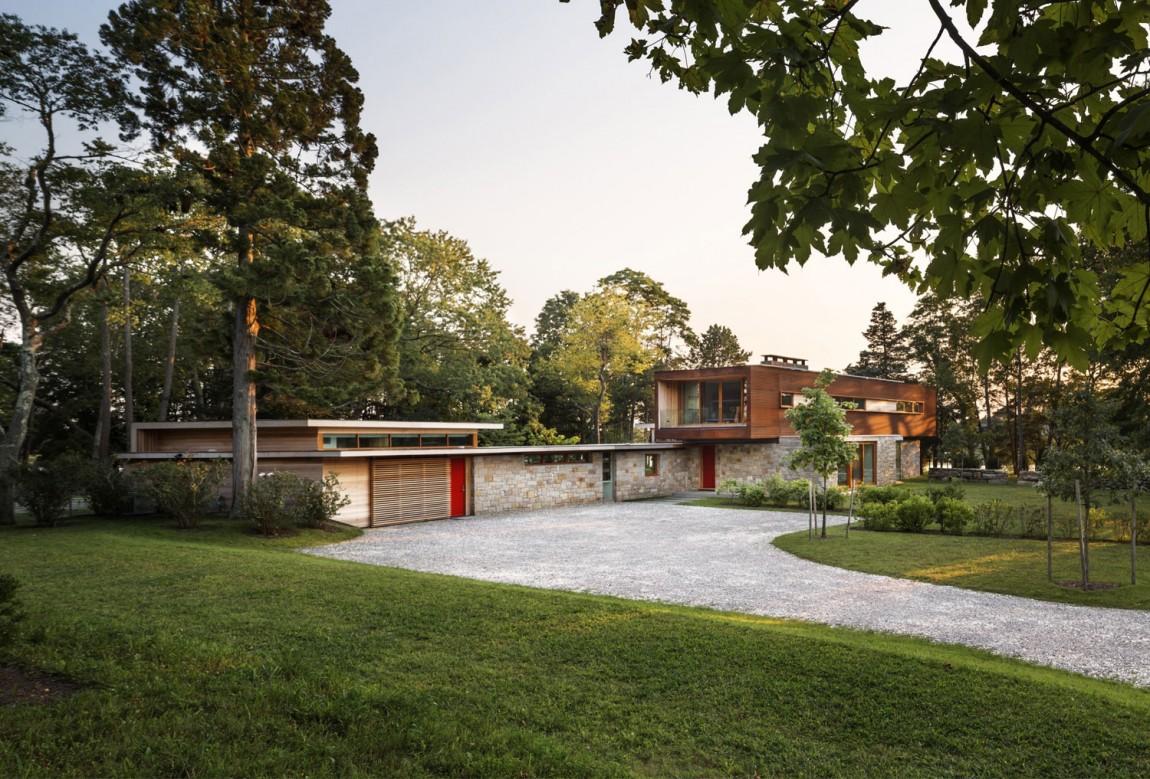 Интерьер дома в американском стиле: восстановленный лесной коттедж в Коннектикуте