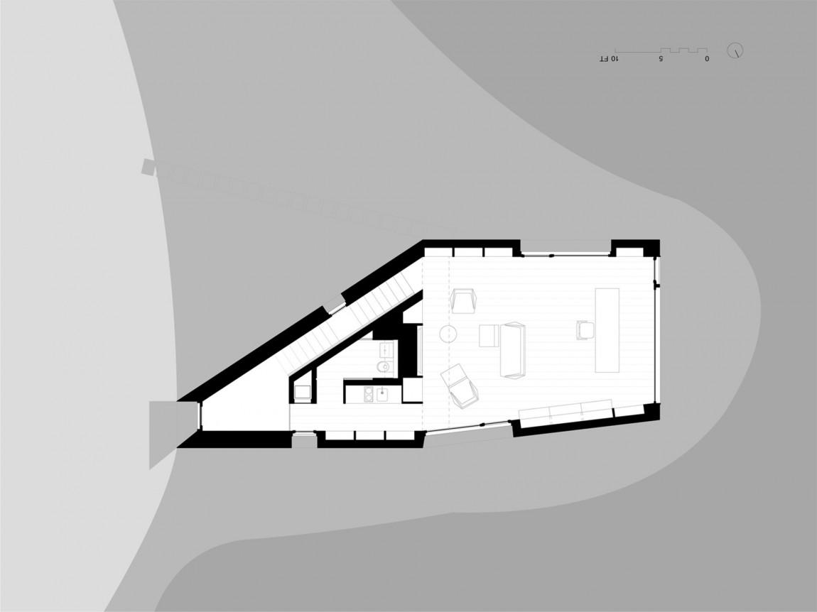 Садовые дома: фото необычного дома с медным декором