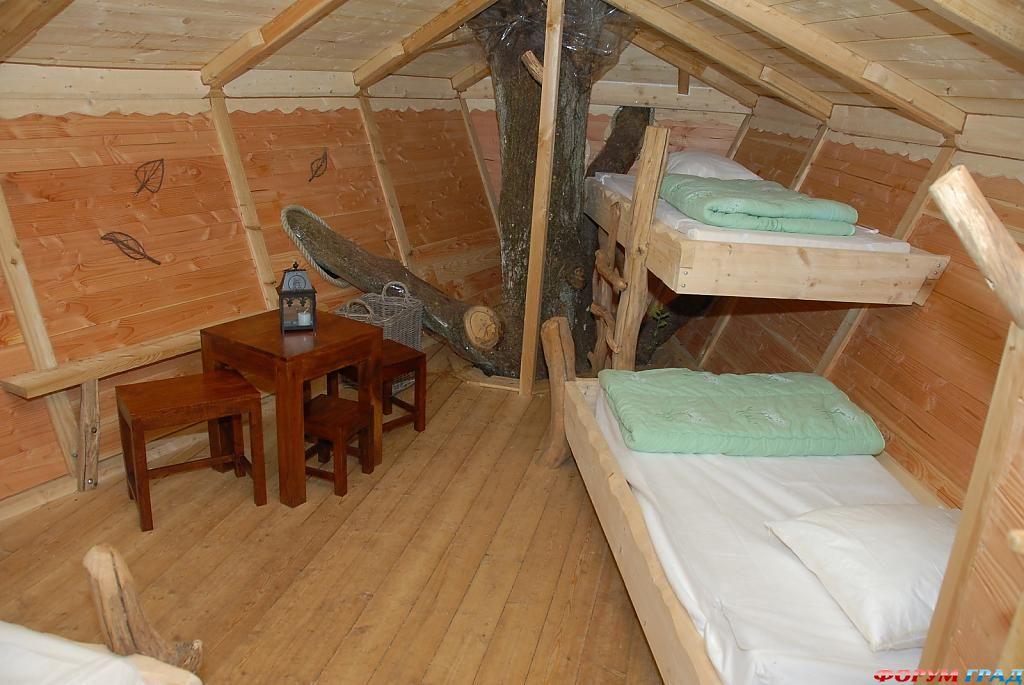 В отеле Tree Houses Alicourts