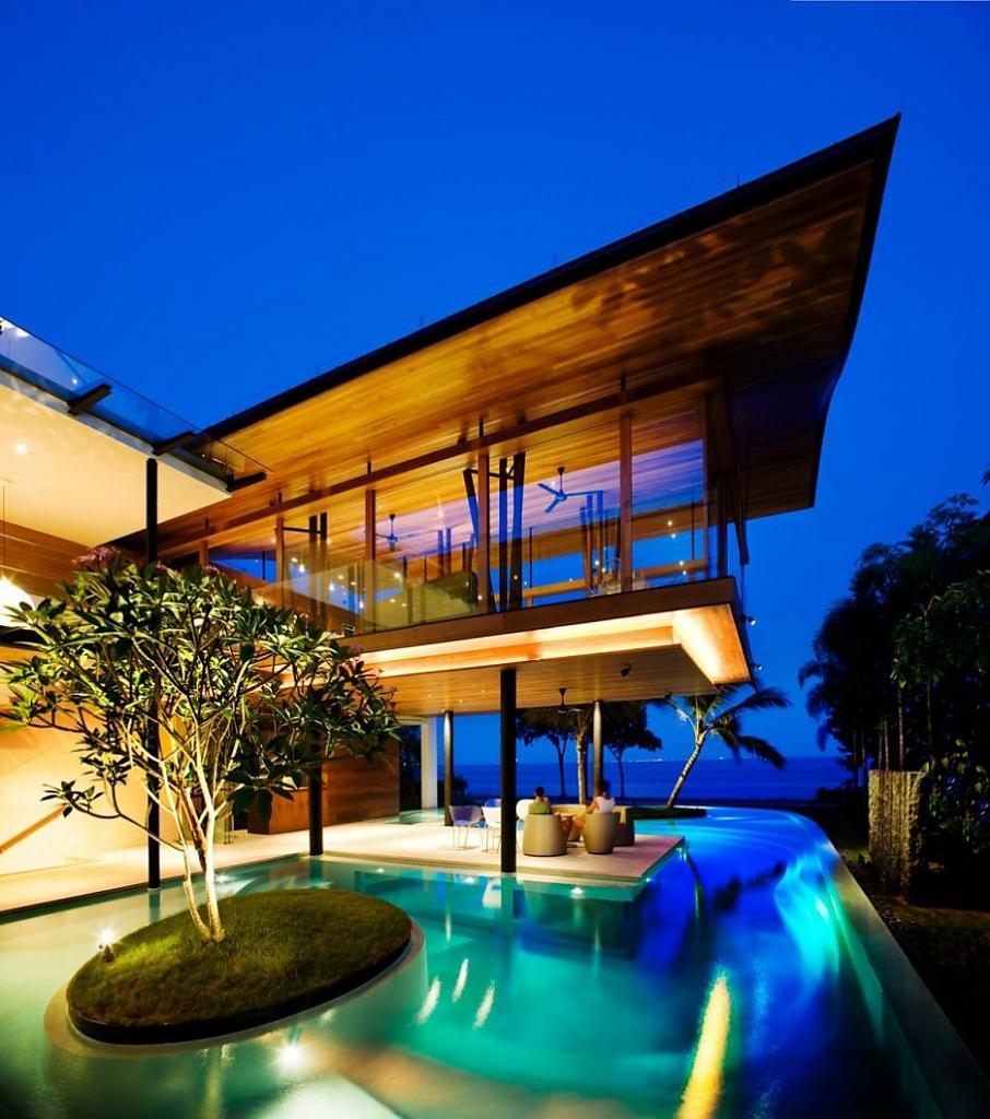Дом на берегу Южно-Китайского моря