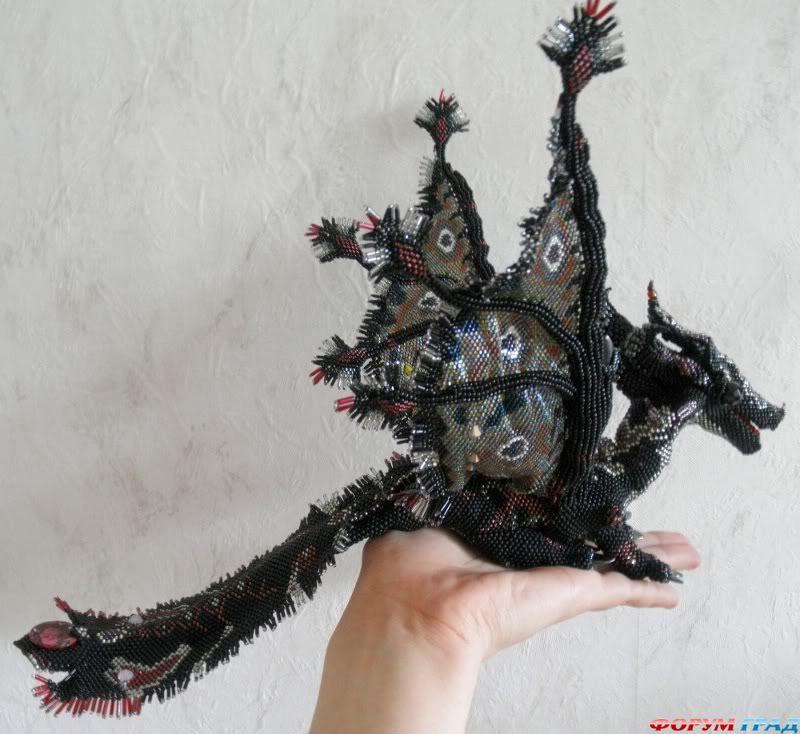 Дракон из бисера от одного из