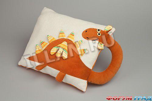 дракон-подушка