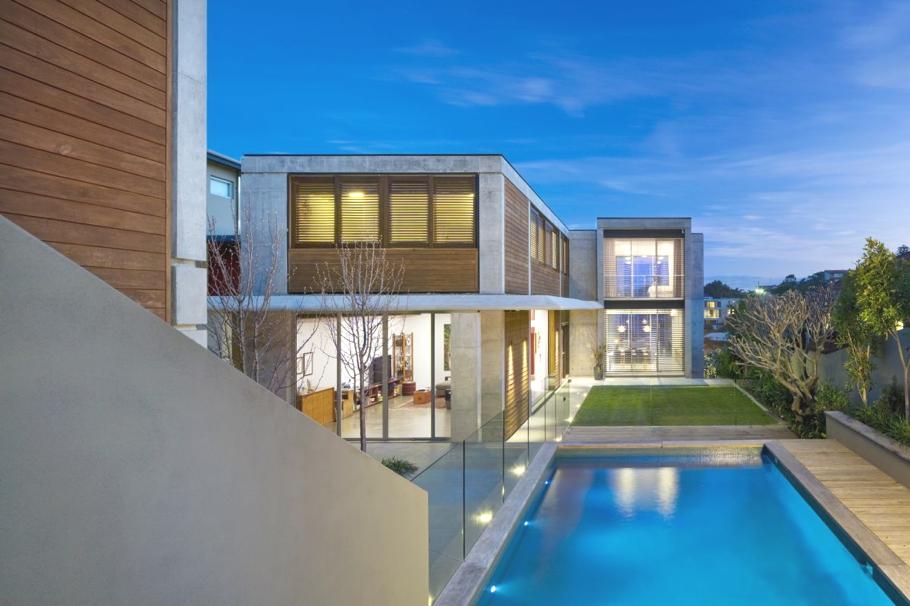 Проект современного эко дома для большой семьи