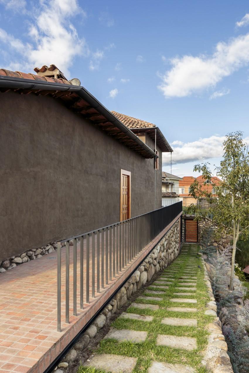 Удивительный проект каменного дома в деревенском стиле