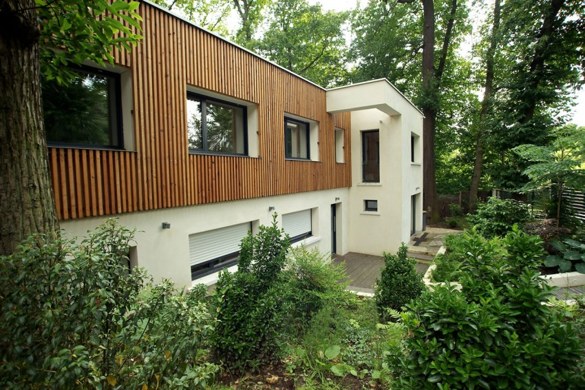 Стильный дизайн-проект современного дома в лесу