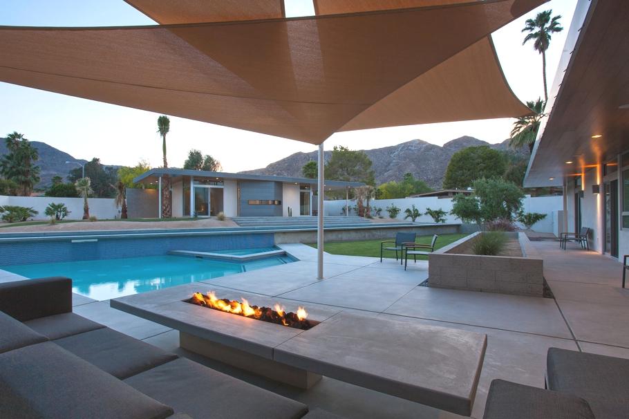 Замечательный минималистский проект летнего дома