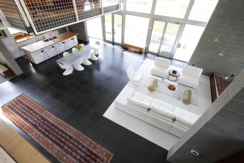 Дизайн домов США: удивительный коттедж с обилием окон