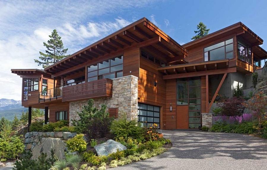 Современный проект деревянного дома в стиле шале
