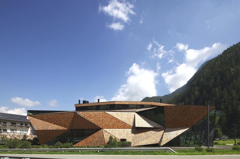 Авангардный дизайн-проект стильного деревянного дома