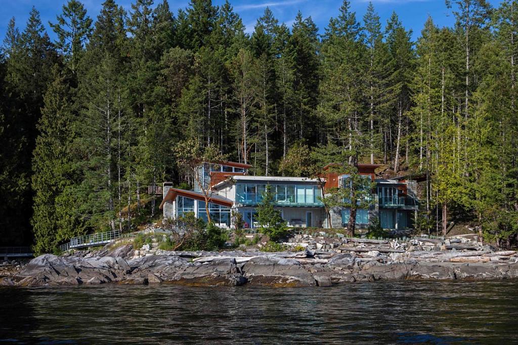 Дом в канаде на берегу озера дома или квартиры в болгарию