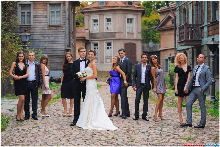 Идеи фото на свадьбу с гостями