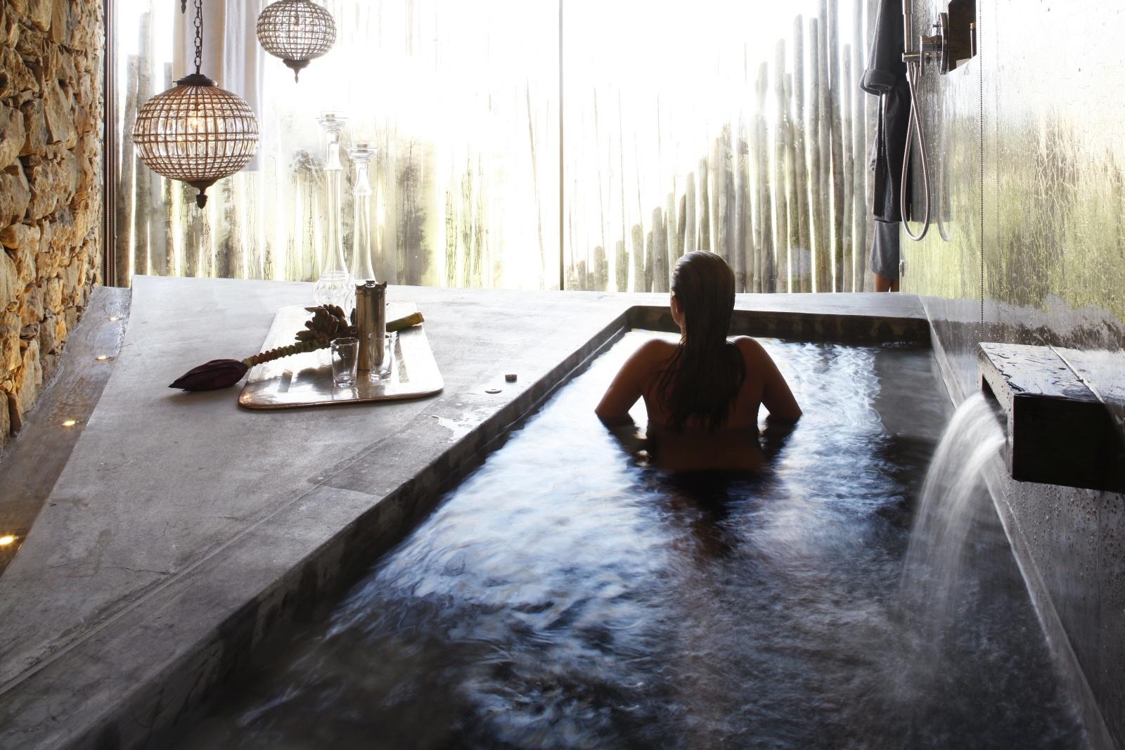 Ванная комната на вилле в Areias Do Seixo