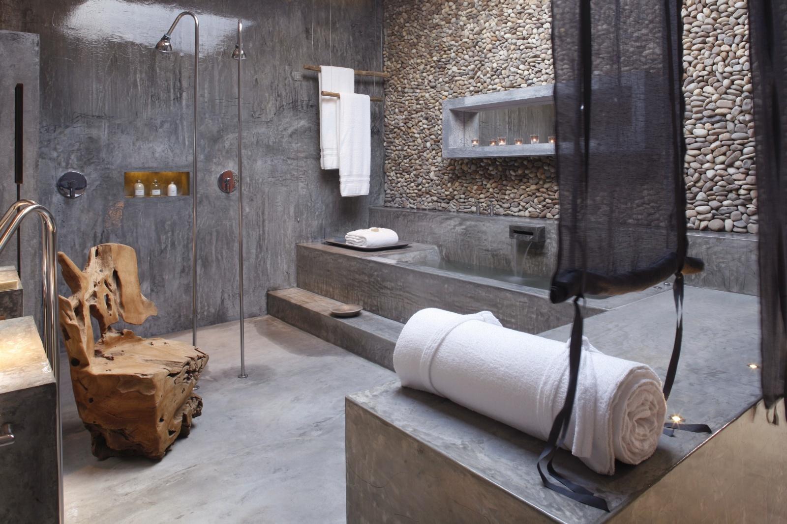 Интерьер ванной на вилле в Areias Do Seixo