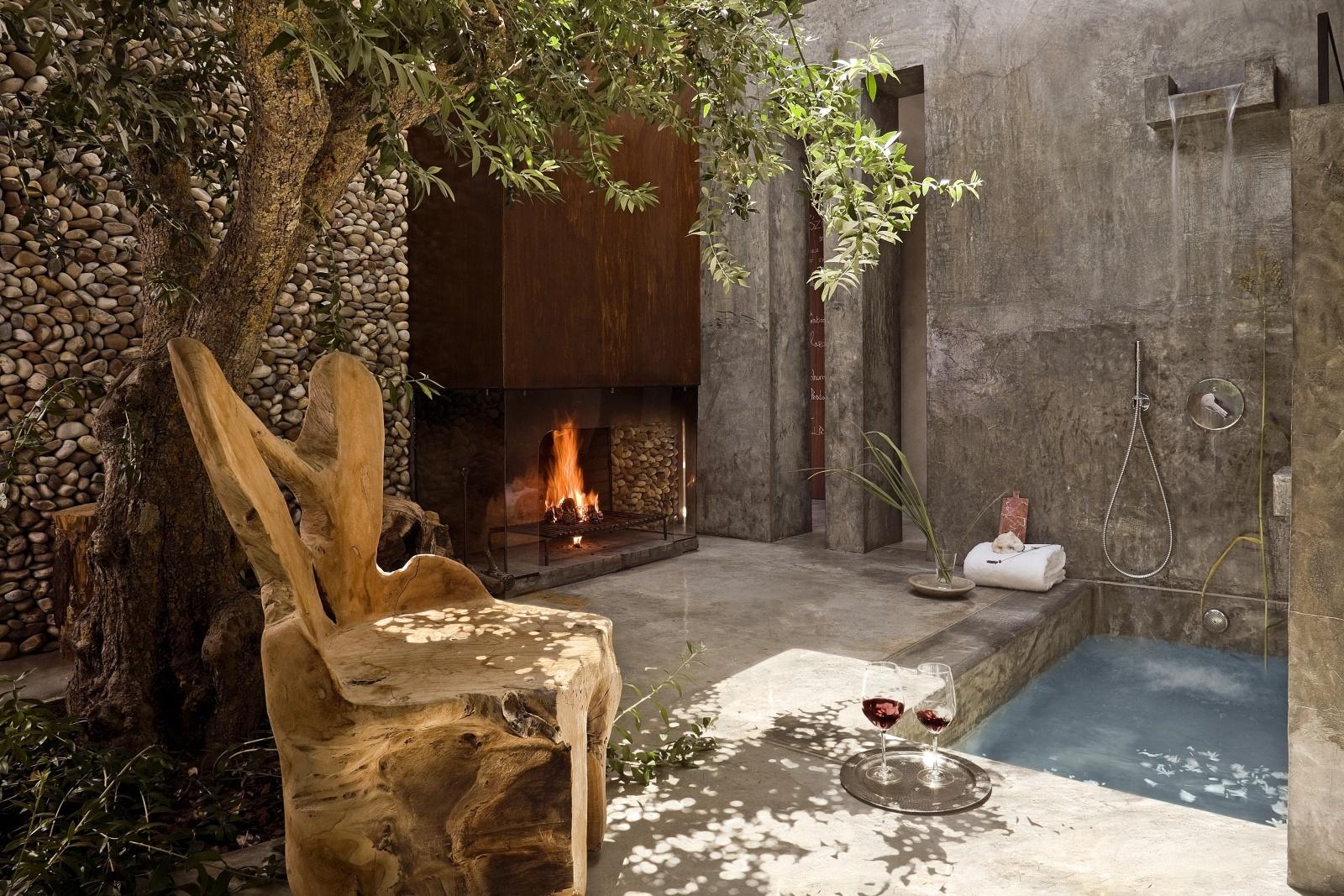 Террасса с бассейном виллы Gold rooms отеля Areias Do Seixo