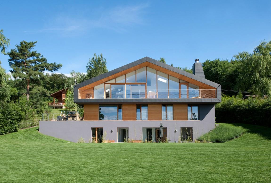 Альпийское шале в Швейцарии: современный вариант от LRS Architectes