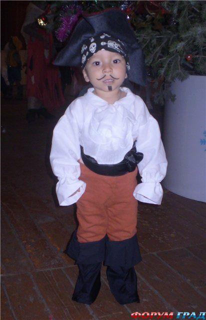 Костюм пирата своими руками из подручных материалов 83