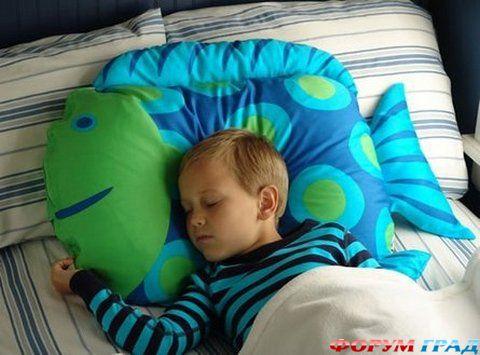 подушка рыбка